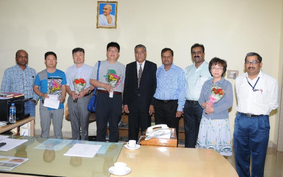 Delegations from Heilongjiang Bayi Agricultural University, Peoples Republic of China, Iowa State University, Iowa, USA and  Inner Mongolia Agriculture University, Inner Mongolia with Prof. A.H. Rajasab, Vice Chancellor;  Prof. D. Shivalingaiah, Registrar and Officers of the University