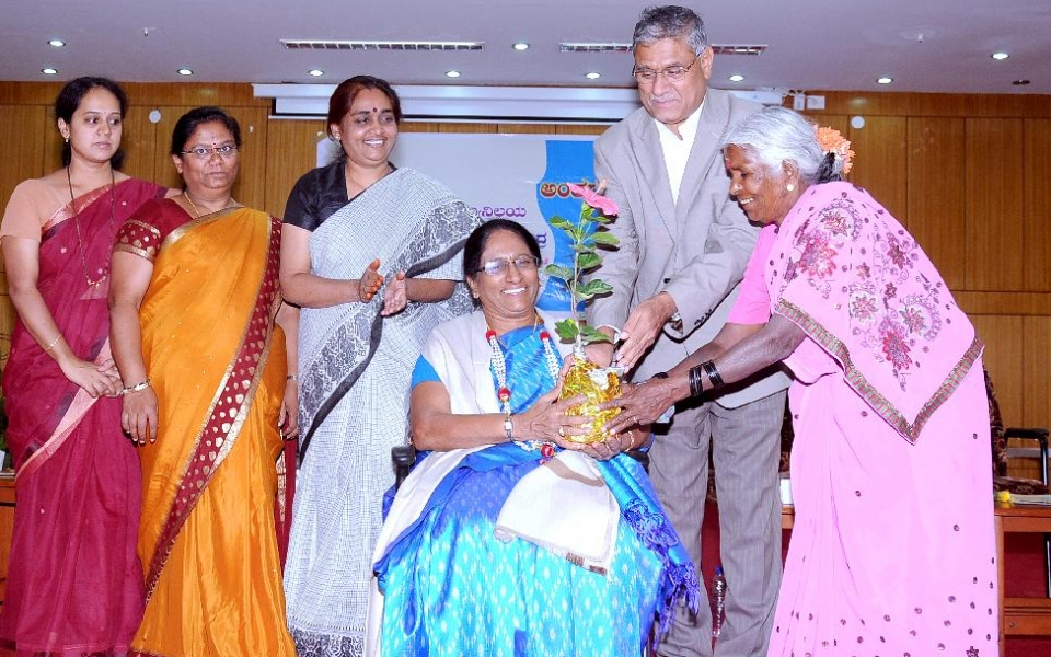 International Women's Day organized on 13 April, 2015. Dr. Geetha Varadan was felicitated on this occasion.